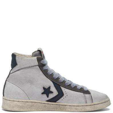 Unisex Smoke In Pro Leather High Top productafbeelding