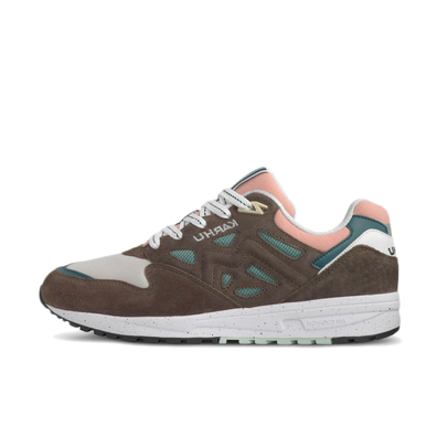 Karhu Legacy 96 Colour of Mood P2 'Tarmac' productafbeelding