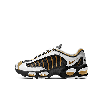 Nike Air Max Tailwind IV GS Black/ Metallic Gold-White productafbeelding