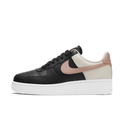 Nike WMNS Air Force 1 'Orewood Brown' productafbeelding