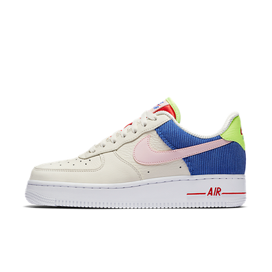 Nike WMNS Air Force 1 Low productafbeelding