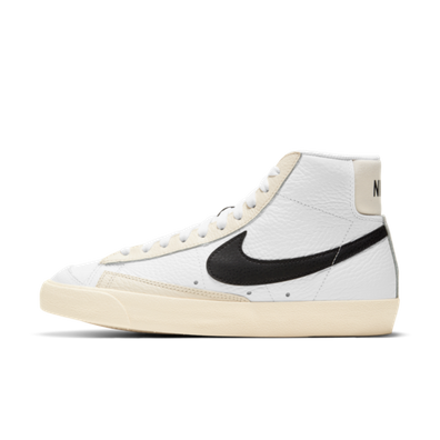 Nike WMNS Blazer Mid '77 'Pale Ivory' productafbeelding