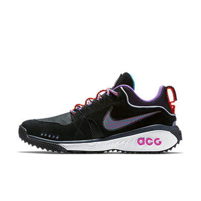Nike ACG Dog Mountain 'Black/Hyper Grape' productafbeelding
