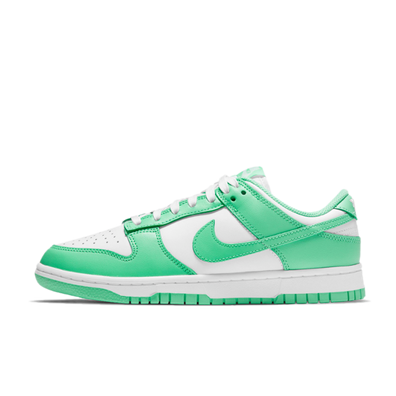 Nike WMNS Dunk Low 'Green Glow' productafbeelding