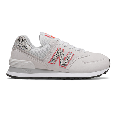 New Balance 574 - White with Vivid Coral productafbeelding