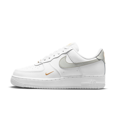 Nike Air Force 1 Low White Grey Gold productafbeelding