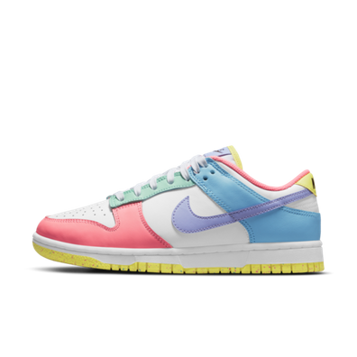 Nike WMNS Dunk Low SE 'Easter' productafbeelding