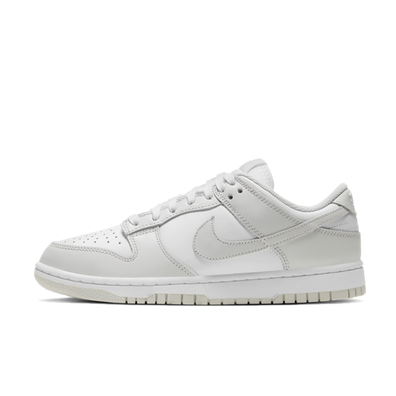 Nike WMNS Dunk Low 'Photon Dust' productafbeelding