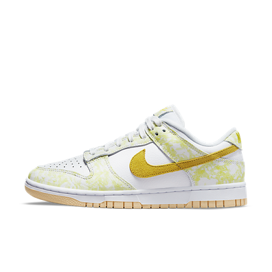 Nike Wmns Dunk Low OG 'Yellow Strike' productafbeelding
