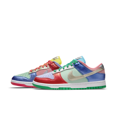 Nike WMNS Dunk Low 'Sunset Pulse' productafbeelding