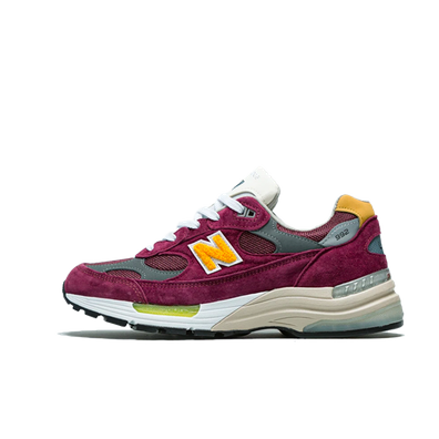 """New Balance M992 CA Burgundy """"Made in USA"""" productafbeelding"""