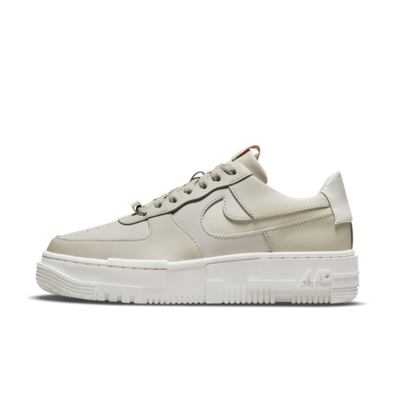 Nike Air Force 1 Pixel 'Light Stone' productafbeelding