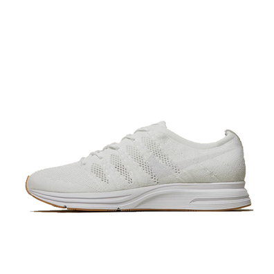 Nike Flyknit Trainer 'White/Gum' productafbeelding