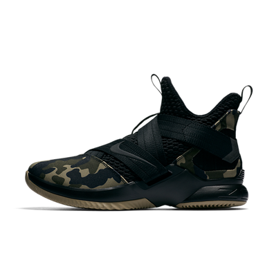LeBron Soldier XII SFG 'Camo' productafbeelding