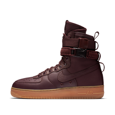 "Nike Air Force 1 SF ""Burgundy"" productafbeelding"