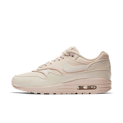 Nike WMNS Air Max 1 LX 'Guava Ice' productafbeelding