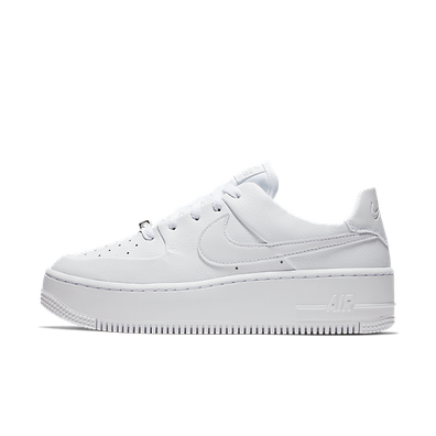 Nike WMNS Air Force 1 Sage 'Triple White' productafbeelding