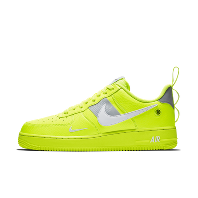 Nike Air Force 1 '07 LV8 Utility 'Volt' productafbeelding