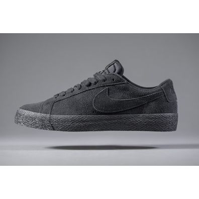 NIKE SB Blazer Low All Black productafbeelding