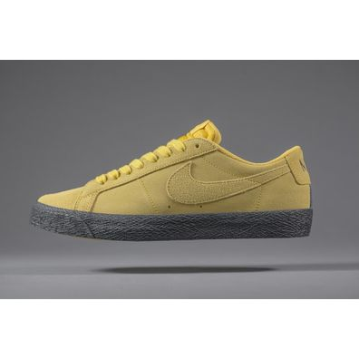 NIKE SB Blazer Low Yellow Ochre productafbeelding