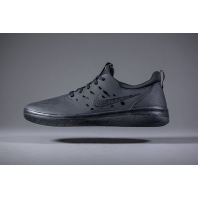 Nike SB Nyjah Free All Black productafbeelding