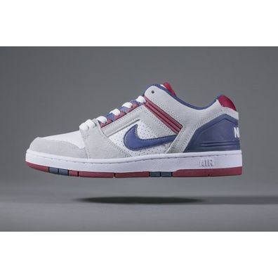 NIKE SB Air Force II Low White Red Blue productafbeelding