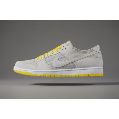 NIKE SB Dunk Low Pro Mismatched Colors QS productafbeelding