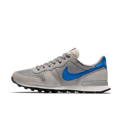 Nike Internationalist - Matte Silver / Blue Spark - Sail - Black productafbeelding