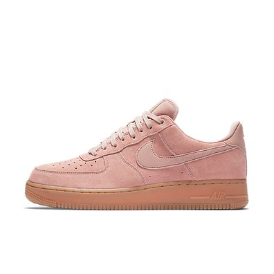 Nike Air Force 1 '07 LV8 Suede - Particle Pink / Particle Pink productafbeelding