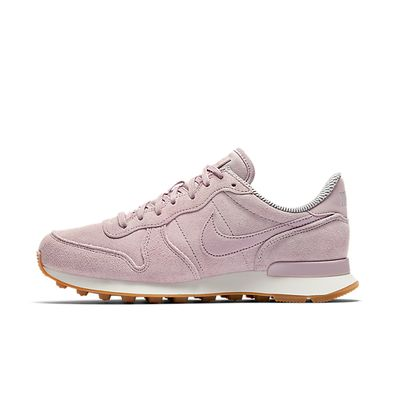 Nike WMNS Internationalist SE productafbeelding