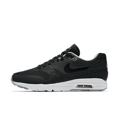 Nike Air Max 1 Ultra Essential W 004 productafbeelding