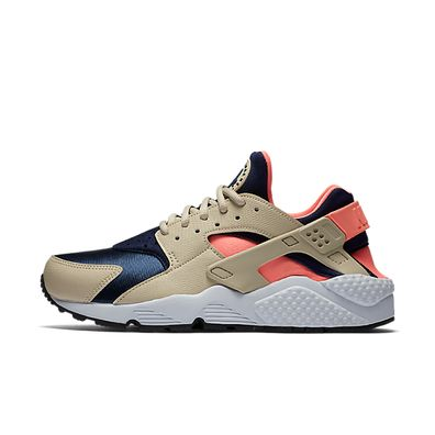 Nike Air Huarache Run Wmns 111 productafbeelding