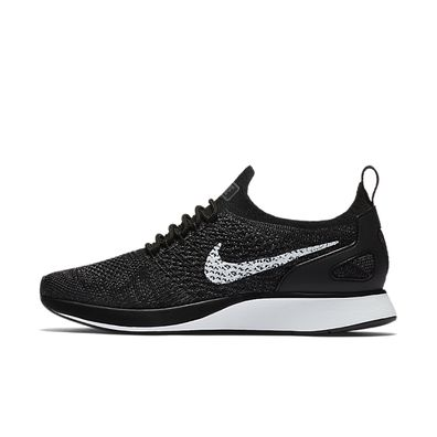 Nike Wmns Air Zoom Mariah Flyknit Racer productafbeelding