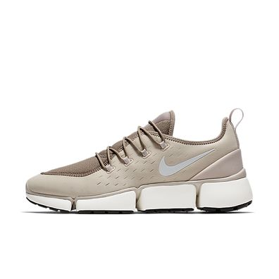 Nike Pocket Fly DM  productafbeelding