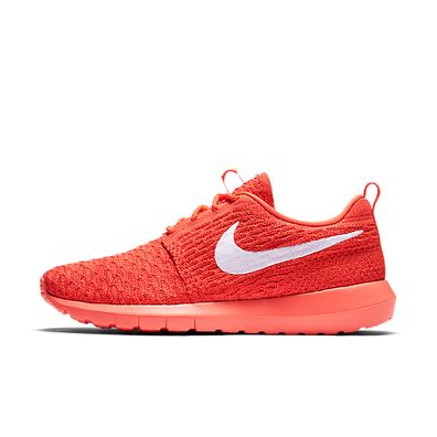 Nike Wmns Roshe NM Flyknit productafbeelding