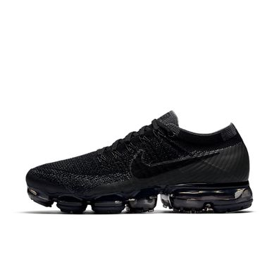 Nike Air Vapormax Triple Black productafbeelding