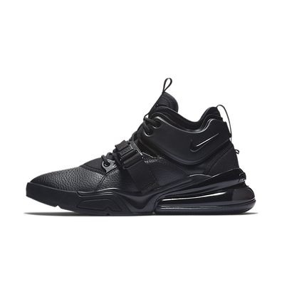 "Nike Air Force 270 ""Triple Black"" productafbeelding"