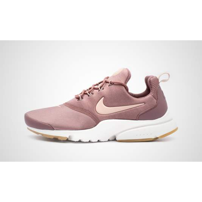Nike WMNS Presto Fly productafbeelding