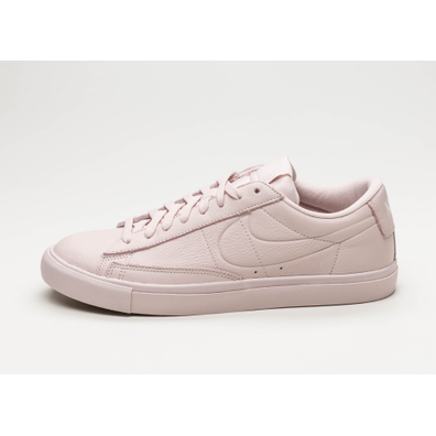 Nike Blazer Low (Silt Red / Silt Red - Gum Light Brown) productafbeelding