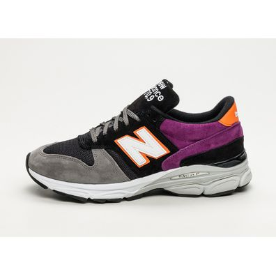 New Balance M7709SCF *Made in England* (Black / Orange) productafbeelding
