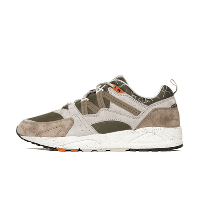 "Karhu Fushion  2.0 ""Mountsaana Pack"" Olive Night/Taupe productafbeelding"