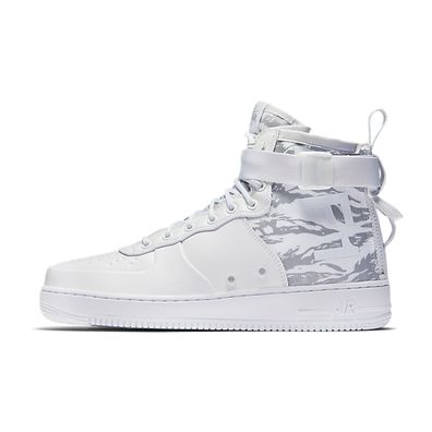 Nike Sf Af1 Mid Prm productafbeelding