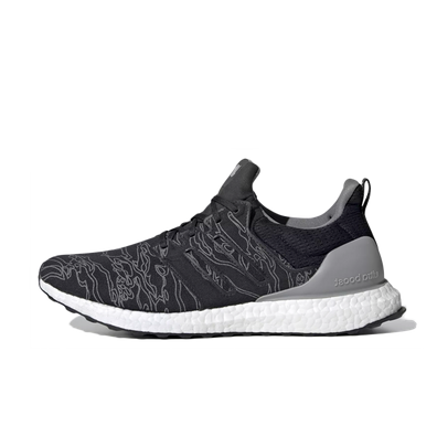adidas x UNDFTD Ultra Boost 'Core Black' productafbeelding