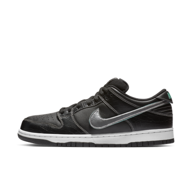 Diamond Supply Co. X Nike SB Dunk Low 'Black' productafbeelding