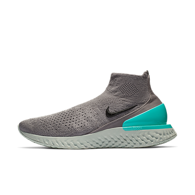 Nike Rise React Flyknit  productafbeelding
