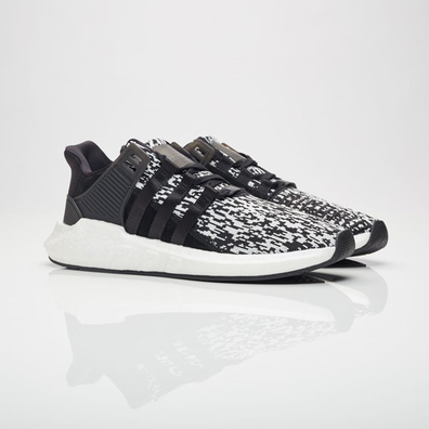 "adidas EQT Support 93/17 Boost ""Black Glitch"" productafbeelding"