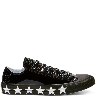 Converse x Miley Cyrus Chuck Taylor All Star Low Top Faux Patent productafbeelding