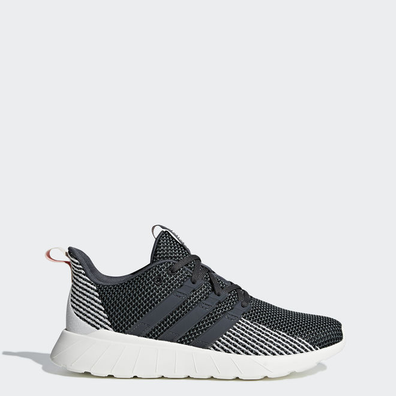 adidas Questar Flow productafbeelding