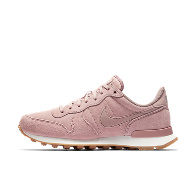 "Nike Wmns Internationlist SE ""Particle Pink"" productafbeelding"