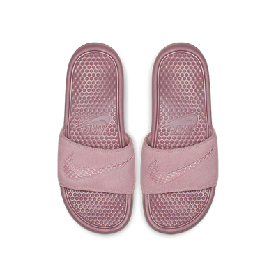 "Nike WMNS Benassi Leather SE ""Just Do It."" productafbeelding"